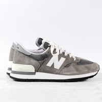 "New Balance M990GRY ""Made in the USA"" - Charcoal/White"