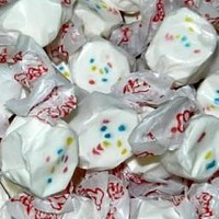 Frosted Cupcake Salt Water Taffy 1/2 lb