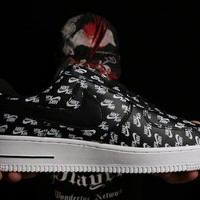 Nike Air Force 1 One 07 QS LOGO PRINT Black / White