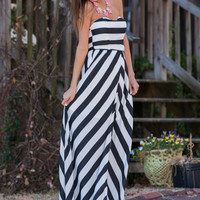 The Taryn Maxi Dress, Black-White