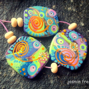 jasmin french  '  playtime'  lampwork beads set ooak