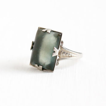 Vintage Sterling Silver Art Deco Green Glass Stone Ring - 1930s Size 6 1/2 Frosted Rectangular Cabochon Wheat Filigree U Arrow Uncas Jewelry