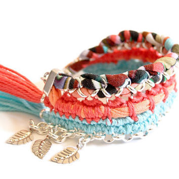 bracelet hippie princess psychedelic pattern coral red turquoise peach crochet