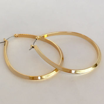 Eternal Bliss Hoop Earrings In Gold