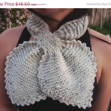 CIJ Sale - 10% off - Knit Necktie Scarf - Lotus Leaf Scarf - Neckwarmer - Wool - Winter - Fall -  Accessories
