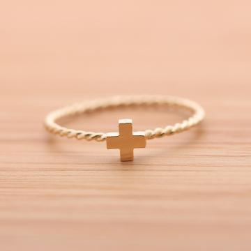 CROSS ring with twisted band in sterlingG by bythecoco on Zibbet