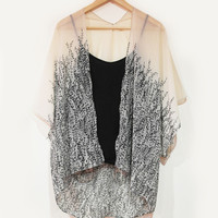 Contrast Vines Kimono from OHMYBOWS