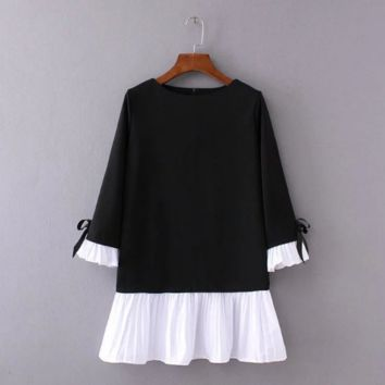Black and White Ruffle cuff sleeve dress B0016414