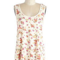 ModCloth Mid-length Sleeveless Pop of Pattern Top in Floral
