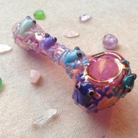Friendly Frog Critters on Gold Fumed Glass Pipe