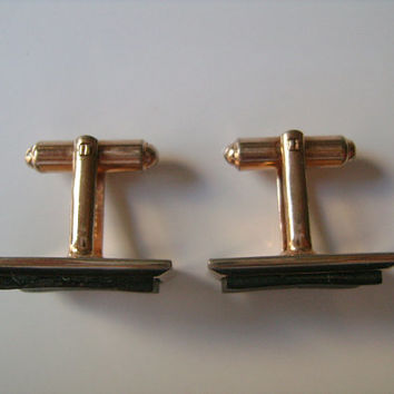 Classic Hickok USA Vintage 1970s/80s Accessories Gold Tone Metal With Abalone Shell Classic Cufflinks Cuff Links Formal Wear Office Business