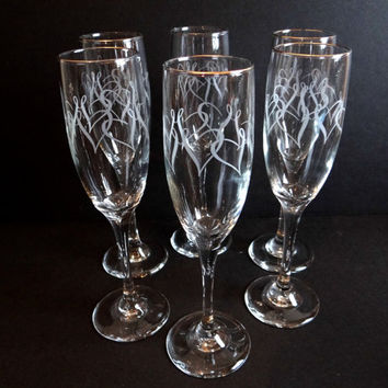 Vintage Champagne Flutes With Etched Intertwined Hearts and Gold Rim Set of 6 1980s, Wedding, Bridal, Barware, Valentines Day, Wine Glasses