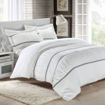 Chic Home Besily White  3-piece Bedding Ruffled Duvet Cover Set King size