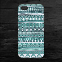 Green Abstract Aztec iPhone 4 and 5 Case