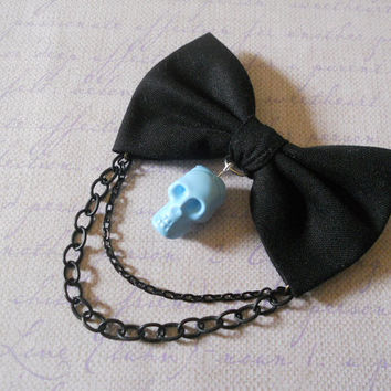 solid black hair bow or brooch with blue skull and black chain pastel goth