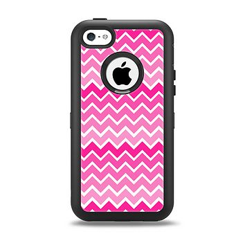 The Pink & White Ombre Chevron V2 Pattern Apple iPhone 5c Otterbox Defender Case Skin Set