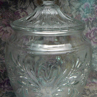 Tiara Clear Indiana Glass Sandwich Pattern Cookie Candy Biscuit Jar with Lid