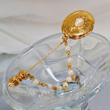 Pearl Stick Pin. Locket Stick Pin. Vintage Brooch. Locket Brooch. Gold Locket Stickpin. Jewelry for Women. Brooches for Women. waalaa
