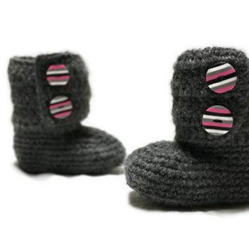 DCCK8X2 Crochet Baby Ankle Boots, Ugg Style, READY TO SHIP