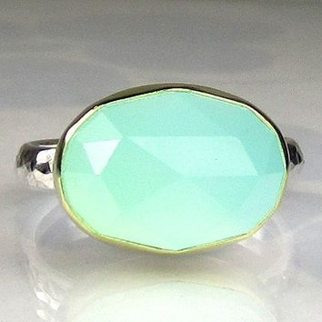 Rose Cut Sea Green Chalcedony Ring 18k Gold