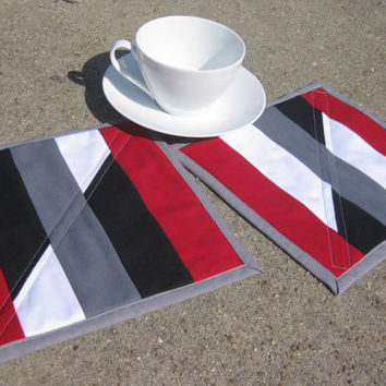 Quilted Mug Rug modern placemat black white gray red large coaster small placemat Set of 2