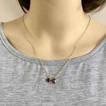 Fashion Gold Color Black Enamel Arrowhead Pendant Necklace Heart Ending Collar Brand Jewelry Women