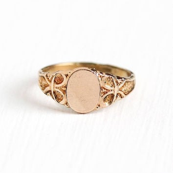 Antique 12k Rose Gold Filled Blank Baby Signet Petite Ring - Vintage 1910s Size 1 Edwardian Repousse Bow Motif Tiny Midi Children's Jewelry