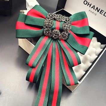 GUCCI Women Fashion Red and Green Stripe Bow Brooch Jewelry