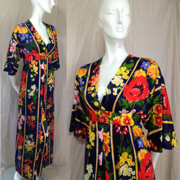 Miss Bierner Originals Bell Bottom lounging pajamas Vintage 1960s Floral Lingerie Robe