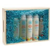 Infant The Honest Company Bath Time Gift Set