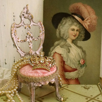 Vintage pink Chair jewelry display holder Marie Antoinette shabby chic jewelry holder miniature chair collectible white distressed