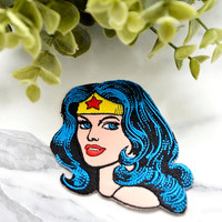 WONDERWOMAN Badge Iron on Patch Patches Pin Sew On Embroidered Mask Movie Girl Woman Portrait Vintage Childrens Comic Fantasy Superhero