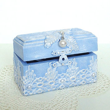 Hand decorated Proposal ring box Natural wood, Ring bearer, Engagement box, Trinkets box(3 3/4'' - 2'' - 2 1/4'' )