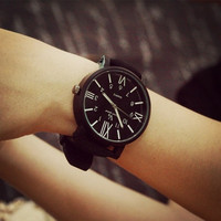 Korea Retro Strap Quartz Wristwatch = 1956863364
