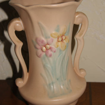 Vintage Hull Two Handled Pottery Vase IRIS Pattern Cream Color 1940s 403-81/2