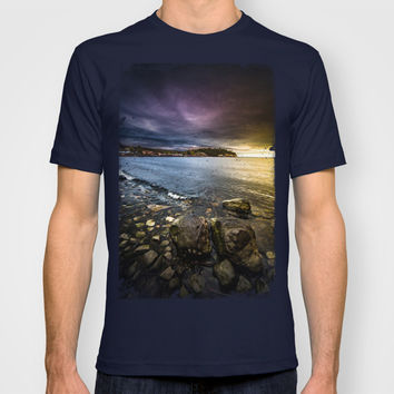 Time to head home T-shirt by HappyMelvin