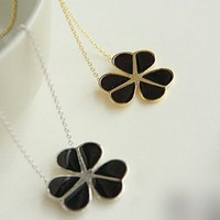Fashion Clover Pendant Chain Necklace at Online Cheap Fashion Jewelry Store Gofavor