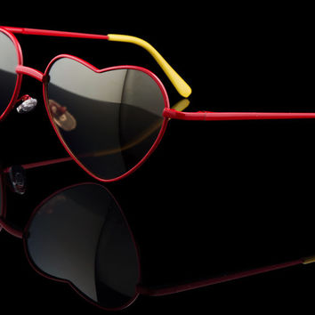 "Womens Metal Heart Mirror Lens Sunglasses ""Stella"""