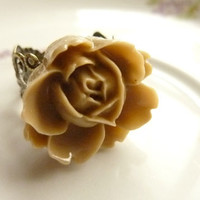 FLOWER RING coffee brown rose flower on adjustable filigree vintage base
