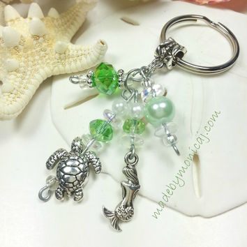Key Ring with Beach Theme Charms and Sea Green Crystals.  Beach Lover Gift Idea. Car Accessory.  New Home Gift