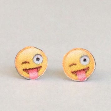 Polymer clay tongue emoji stud earrings, polymer clay, emoji, polymer clay charm, tounge emoji