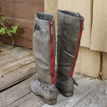 Smokestack Boots in Gray