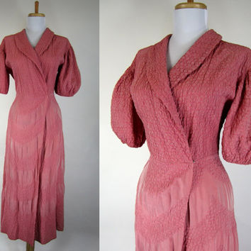 Vintage 1930s Dress Gown / 30s Dressing Gown / Pink Puffed Sleeves / Quilted Hollywood Glamour