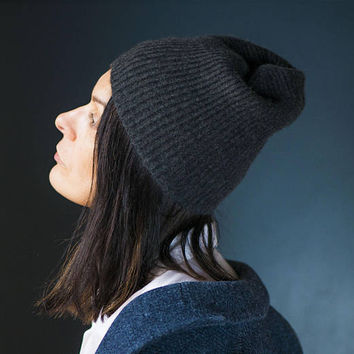 Ribbed Cashmere Hat Charcoal Shade. Unisex Winter Hat Grey Wool. Minimalist Ribbed Knit Hat for Men Women Teen. One size NY Hat Gray Color