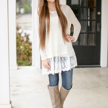 New Romance on the Mind Sweater - Ivory