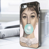 Audrey Hepburn Bubble iPhone 6 Case