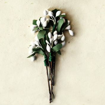 White Pip Berry Bobby Pins. Wild Floral Holiday Hair Pin Accents for Botanical Woodland Garden Wedding. Christmas Stocking Stuffer Gifts.
