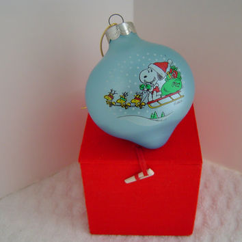 1988 Peanuts Characters Copyright 1958 1965 Christmas Ornament by Hallmark
