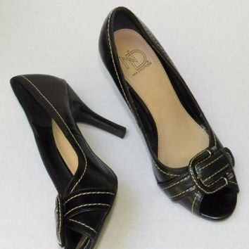 New Directions Size 7 Heels Open Toe Buckle Dress Shoes