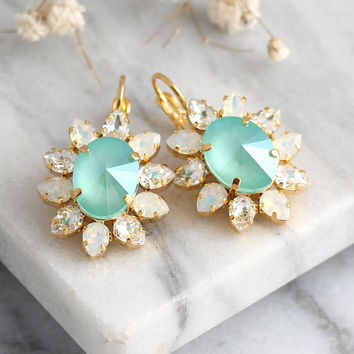 Mint Earrings, Mint Drop Earrings, Bridal Mint Opal Earrings, Seaglass Earrings, Seafoam Earrings, Pistachio Earrings, Bridesmaids Earrings